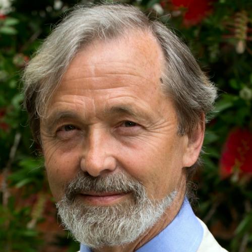Prof. Dr Geoffrey Boulton